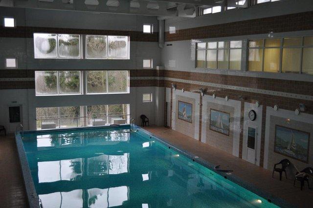 Бассейн в санатории «Виктория»